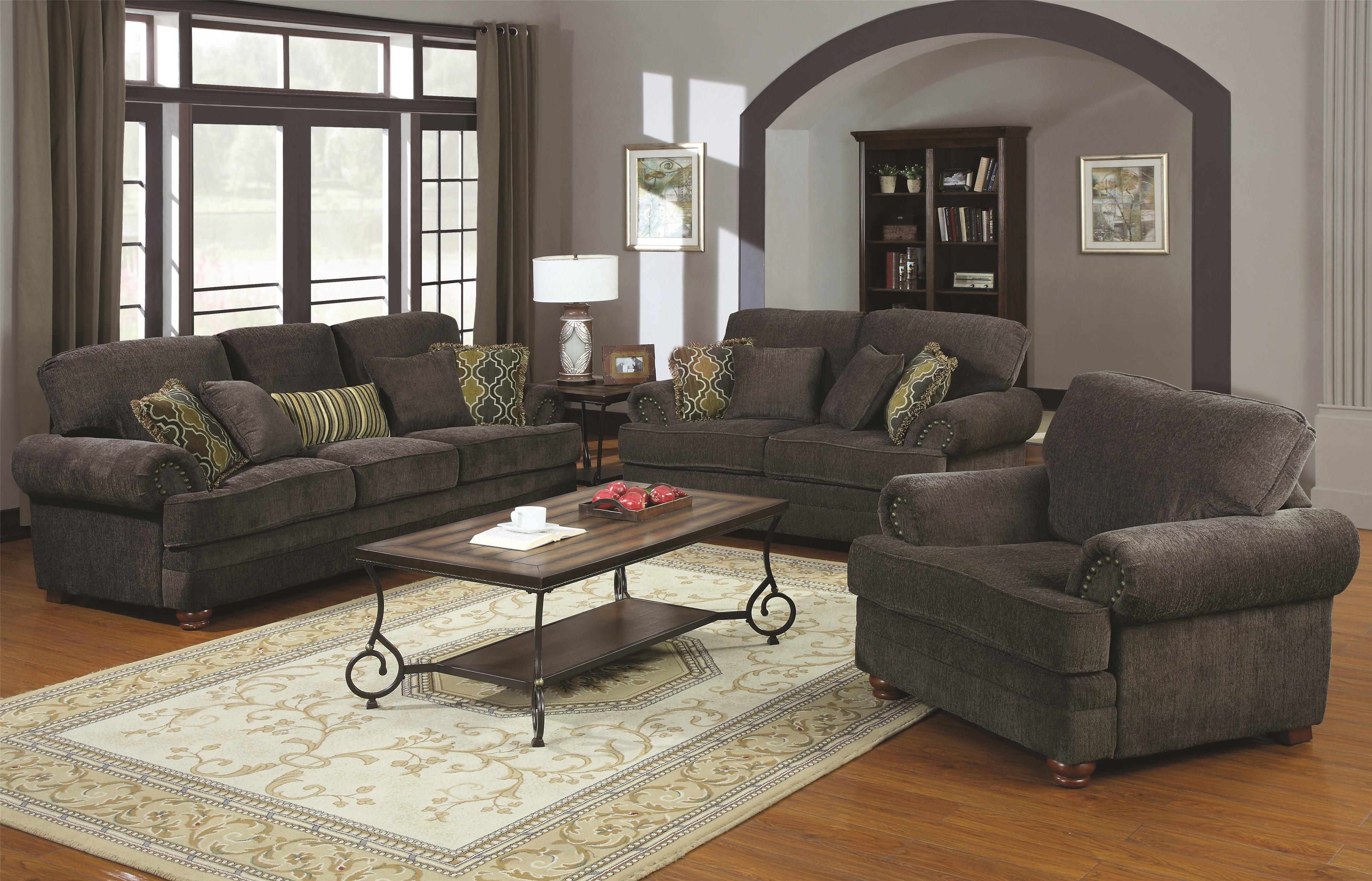Colton Traditional Sofa With Elegant Design